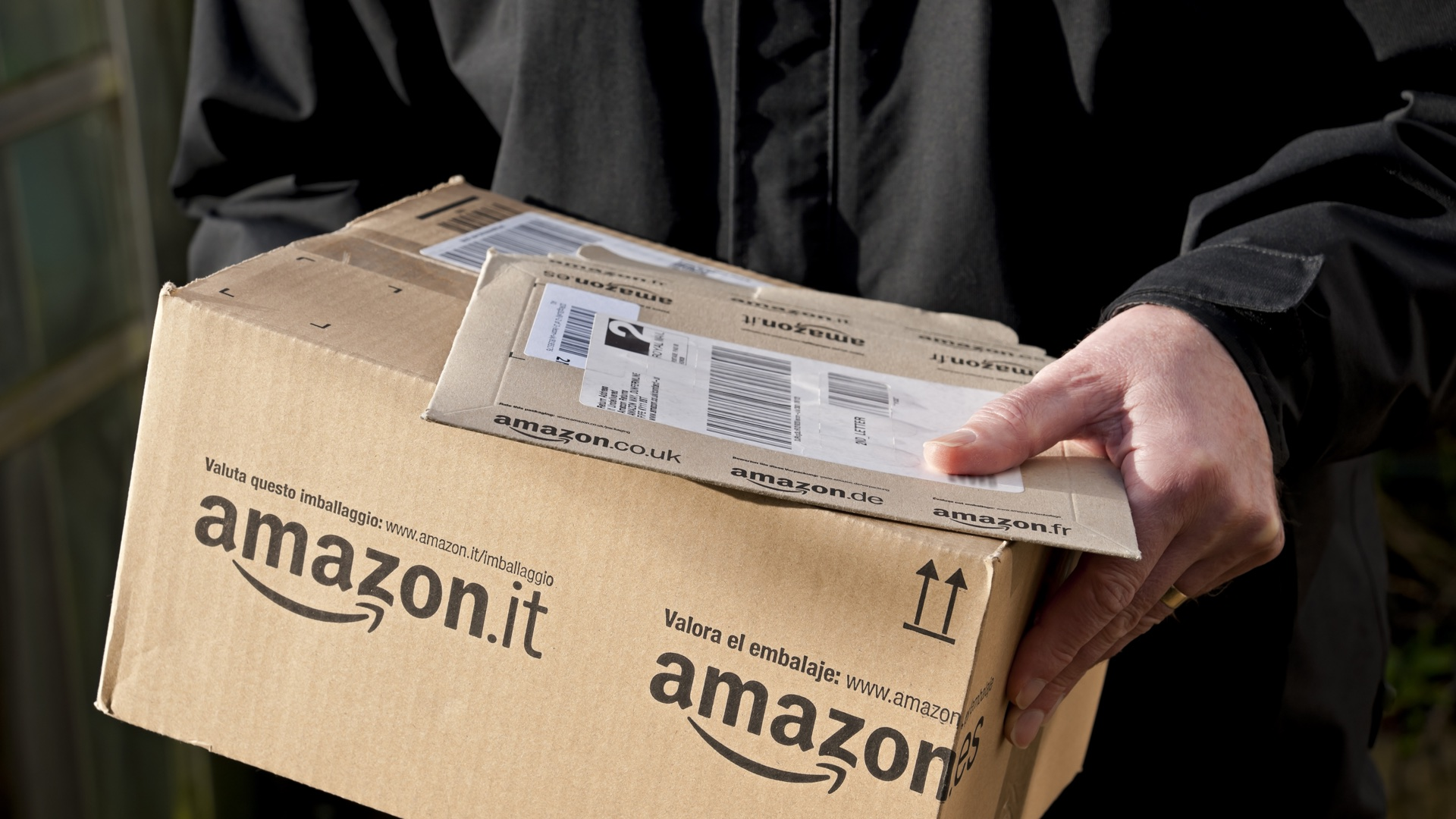 Amazon's 'Frequently Bought Together' Suggestions Show Homemade Bomb Ingredients